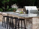Outdoor KitchensOutdoor Kitchens
